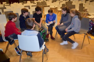 Die Schüler der Klasse 5bG planen eine Übernachtungsparty